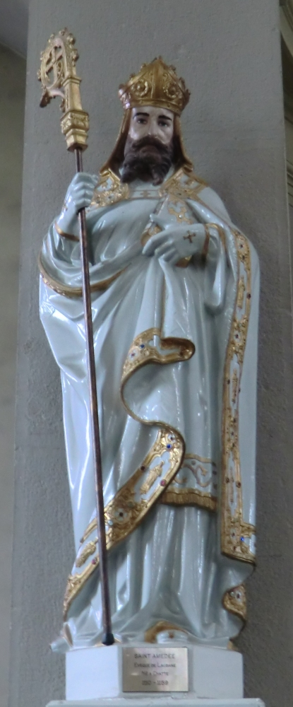 Statue in der Kirche in Chatte