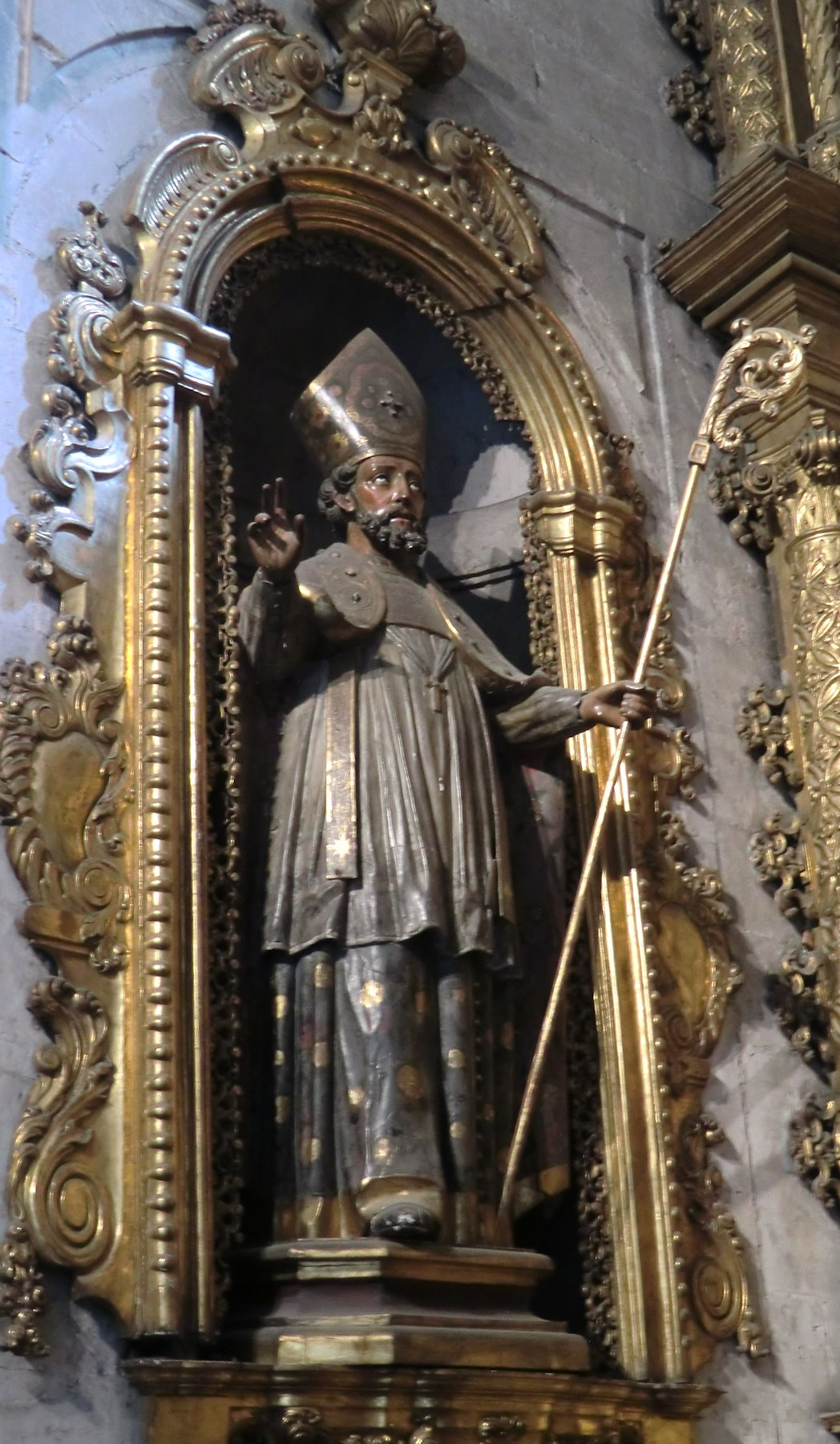 Statue in der Kathedrale in Oviédo