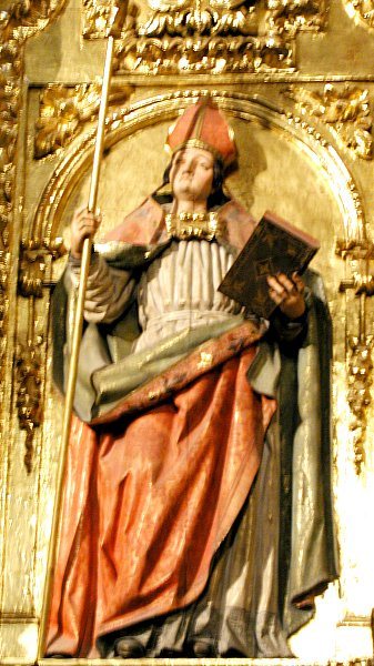 Statue in der Kathedrale in Pamplona in Spanien