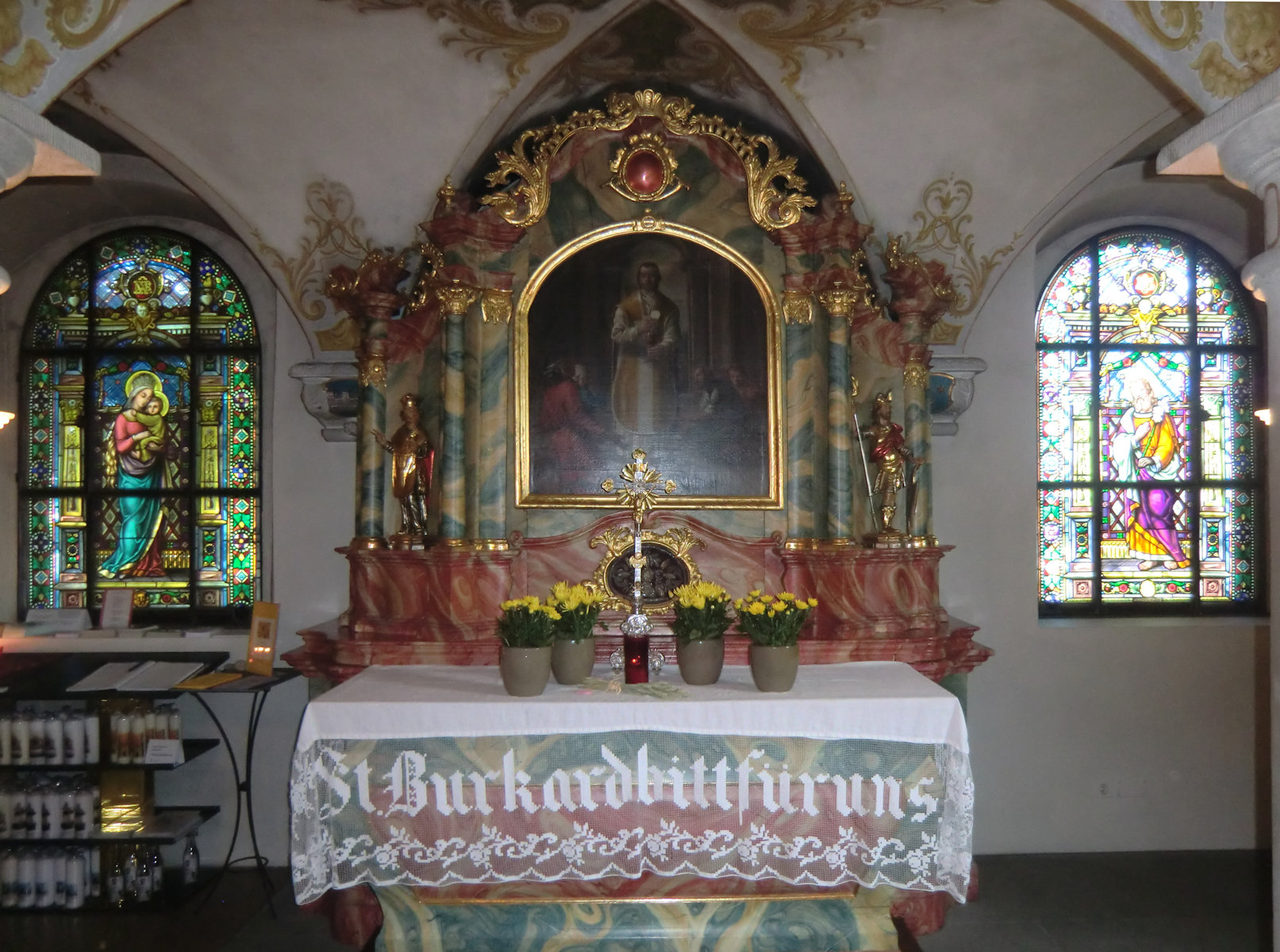 Burkhards Grab, 1752, in der Kryta der Kirche in Beinwil