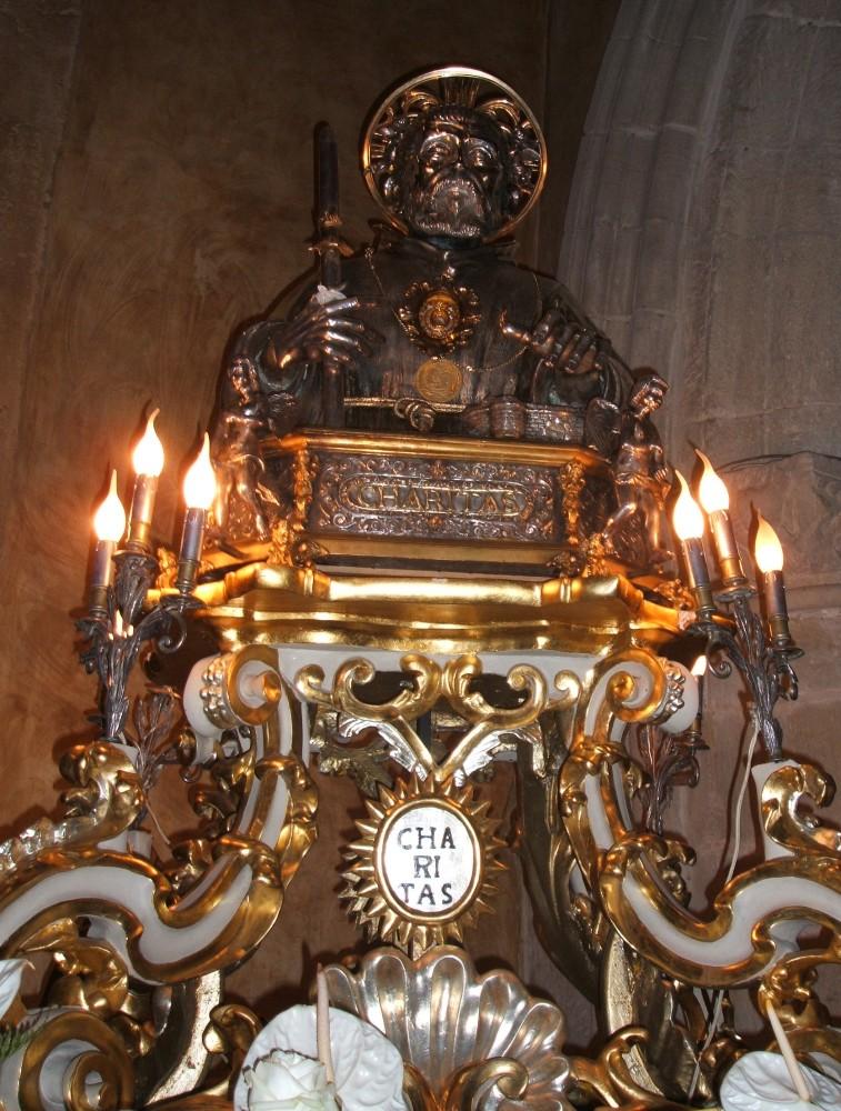 Relikvar i Santuario San Francesco i Paola. Kilde: Joachim Schäfer - Ökumenisches Heiligenlexikon