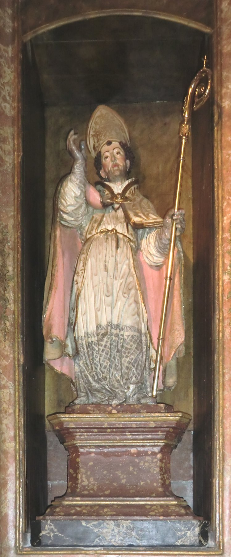 Statue in der Kathedrale in Lugo