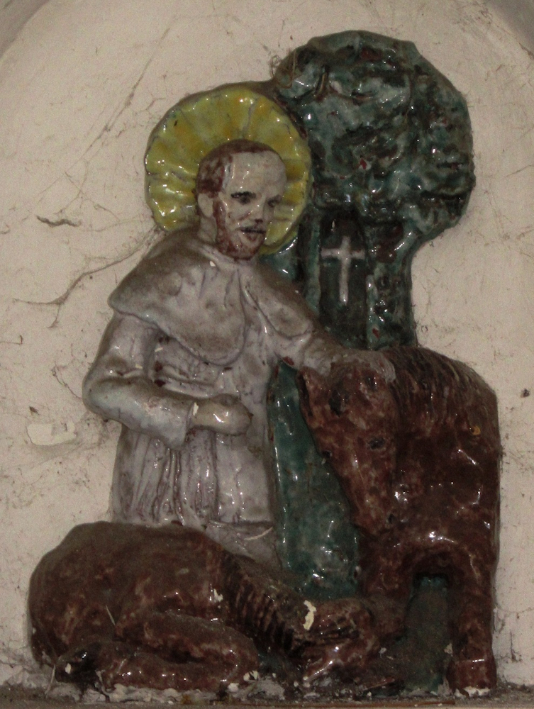Figur in der Votivkapelle in Californie