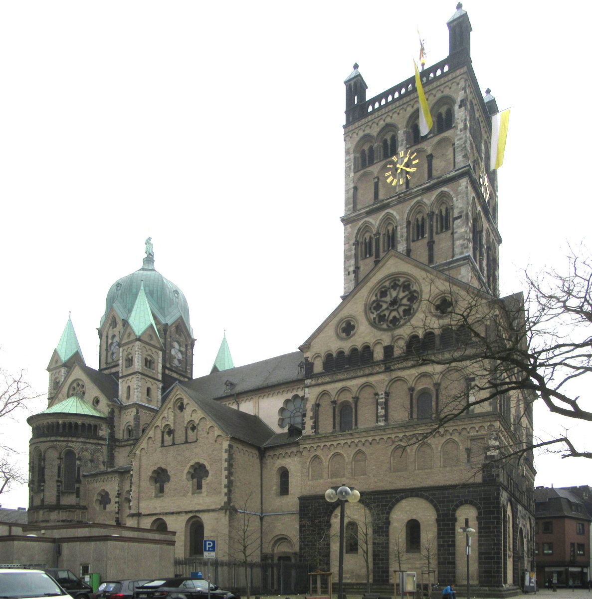 Quirinius-Münster in Neuss